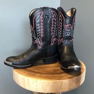 Kids Durango cowboy boots. Excellent condition